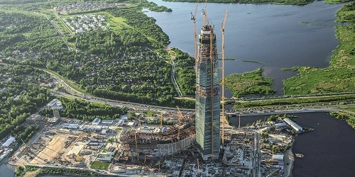 peri particip en el construccin del edificio ms alto de europa