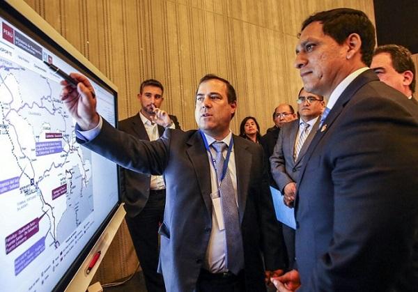 5to Gore Ejecutivo: ministro Giuffra coordina mejoras a infraestructura vial y portuaria