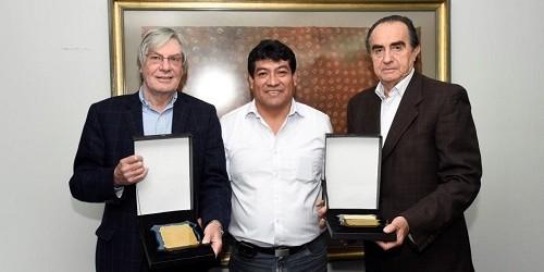 Comunidad Campesina de Olmos otorga reconocimiento a la empresa Obrainsa