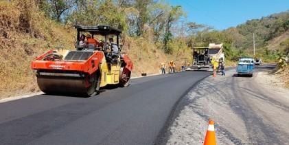 MEF destina S/ 220.6 millones a municipios para ejecución de inversiones