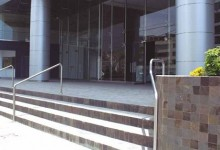 Edificio de oficinas Aliaga 360: Arquitectura de trazos limpios