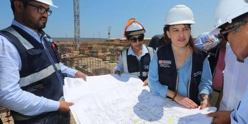Ministra Pessah inspecciona construcción de hospital en Pacasmayo