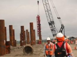 Construcción del puente Nanay avanza en su segundo tramo
